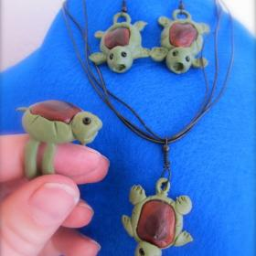 Sugru Turtles